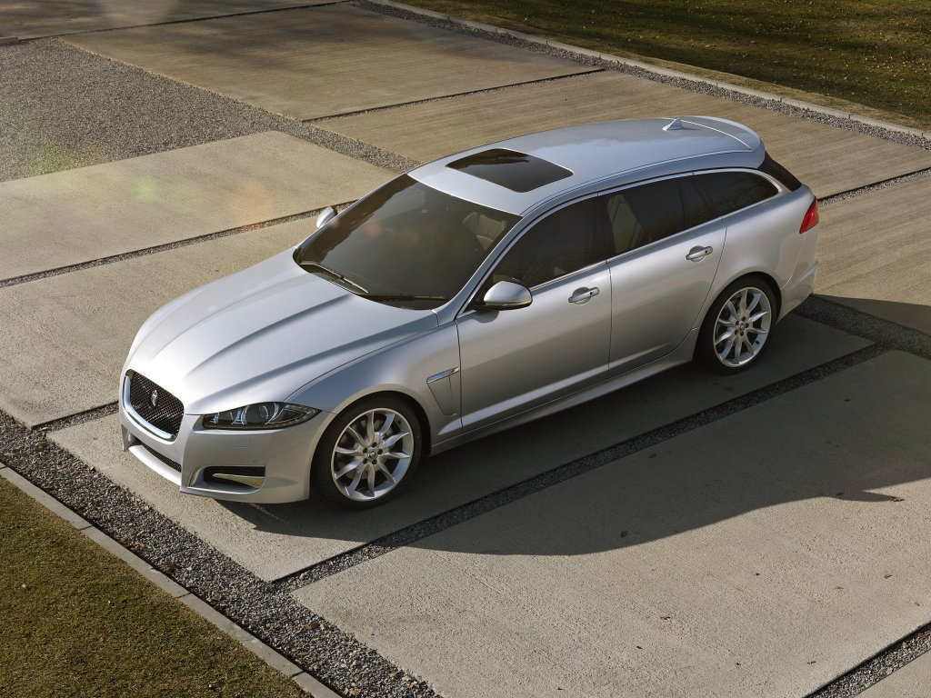 Jaguar выпустит XFR в кузове униве…