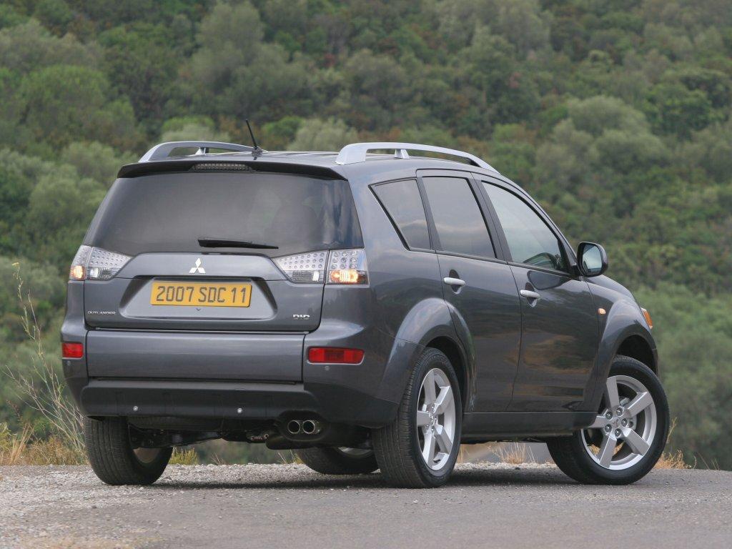 фотографии Mitsubishi Outlander XL 2…