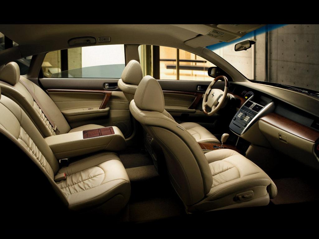 Внутри Nissan Teana изменился ещ…
