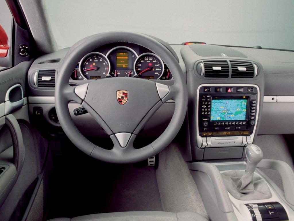 Спортивная версия Porsche Cayenne.