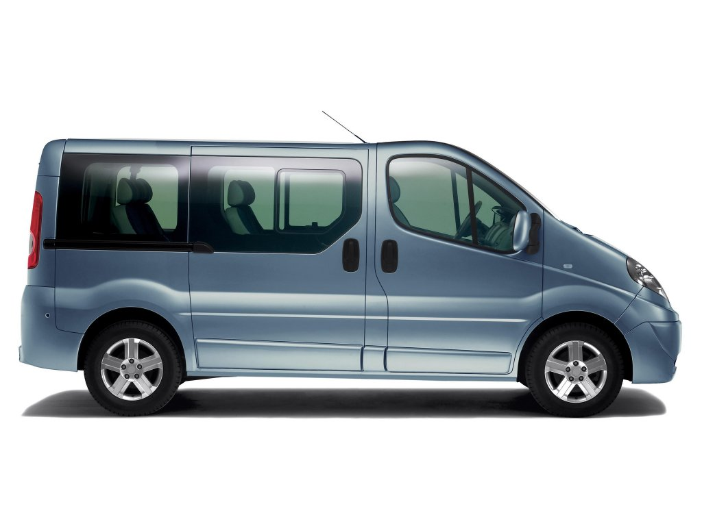 Renault Trafic Автомобили Rena…