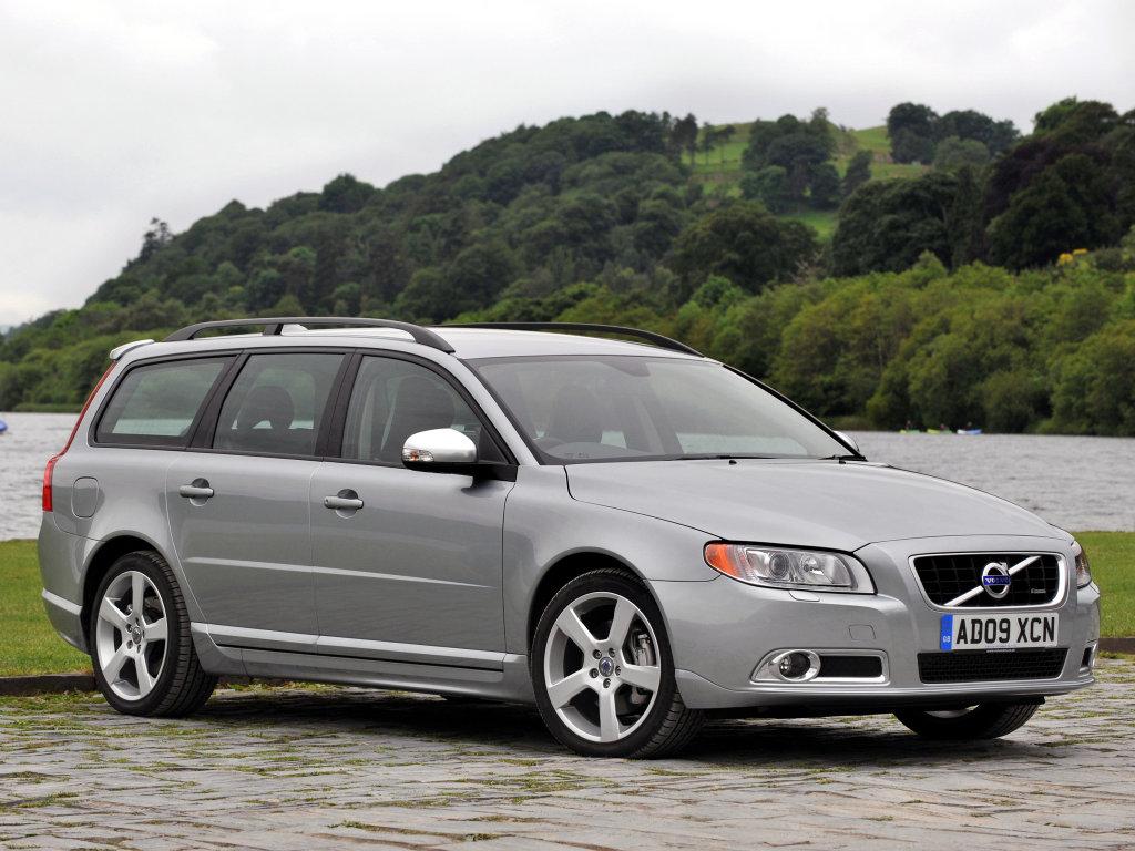 Универсал Volvo.