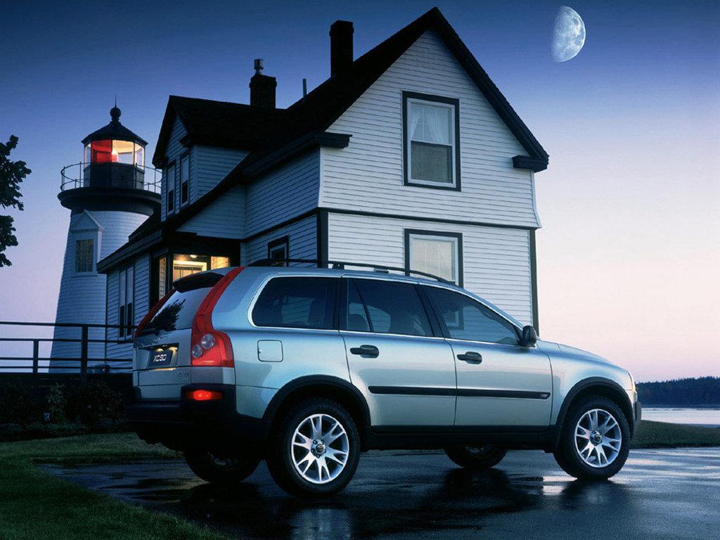 Volvo_XC90_2003_23.jpg.