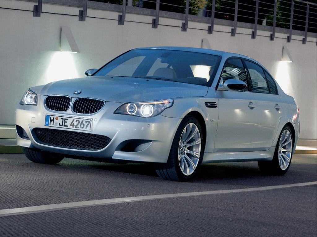 Обои для рабочего стола BMW M5 FA.