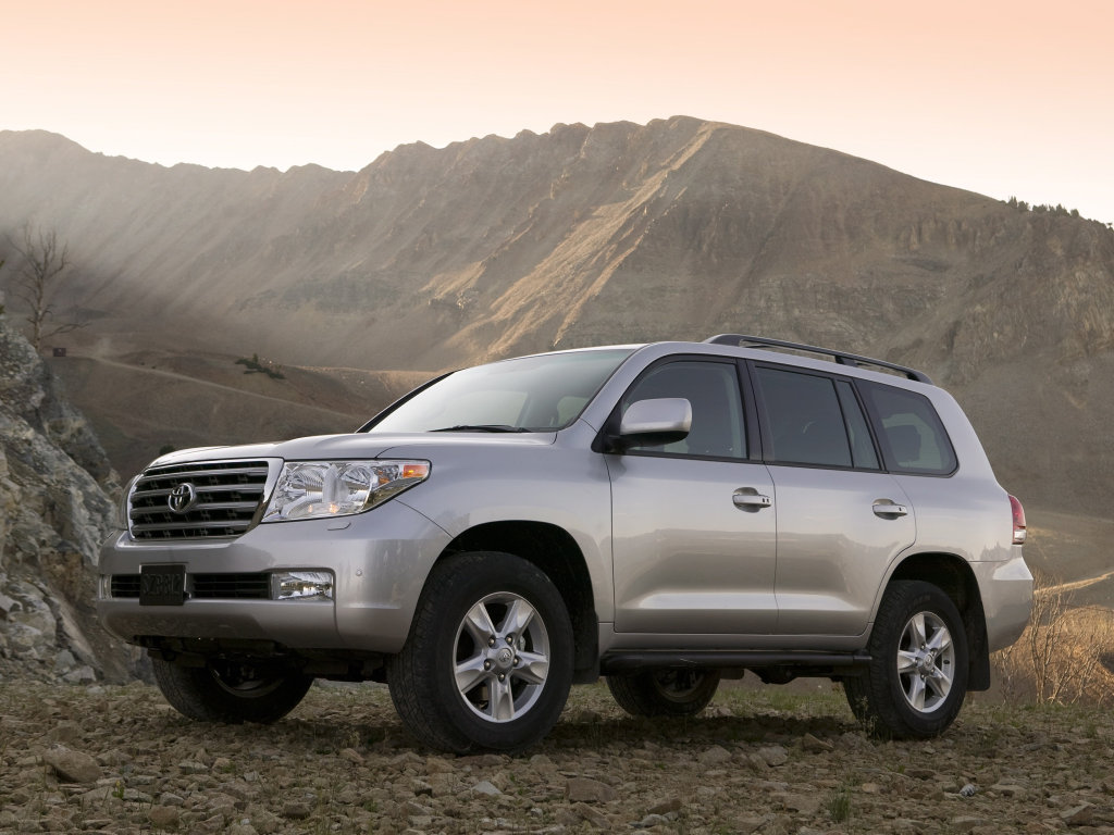 Toyota Land Cruiser 200Фото:…