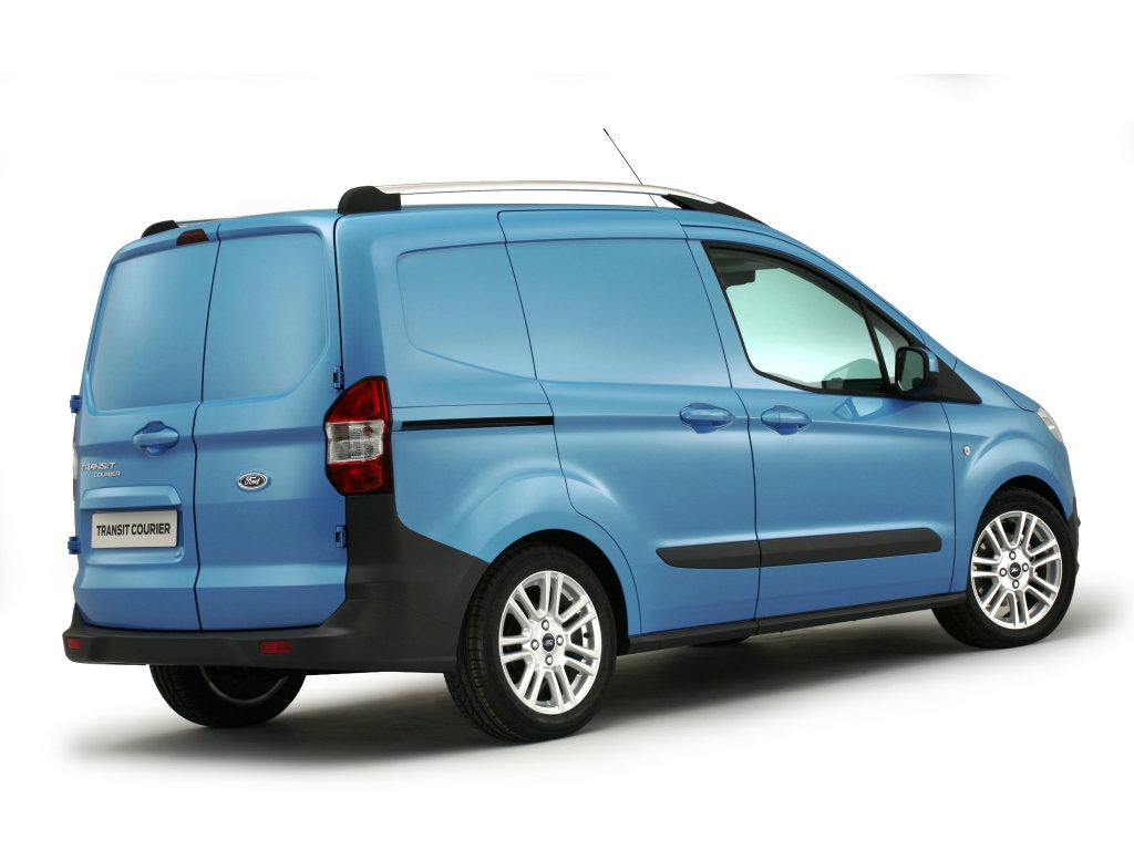 Новый фургон Ford Transit Co…
