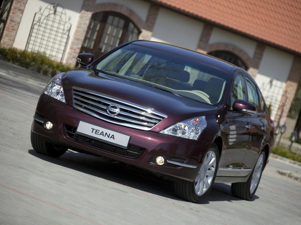 Nissan Teana - Фото 5.