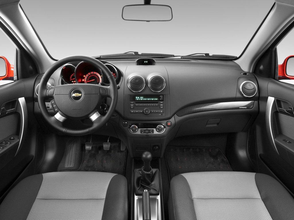 Фото Chevrolet Aveo 5D / Шевроле…