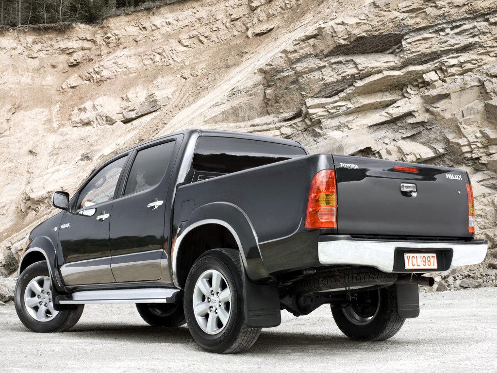 Toyota Hilux - фото - Wroom.…