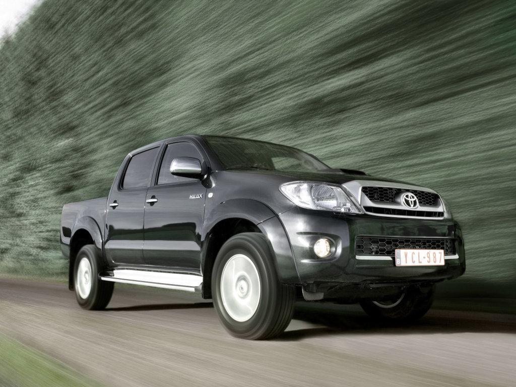 Toyota Hilux в фотографиях.  Бол…