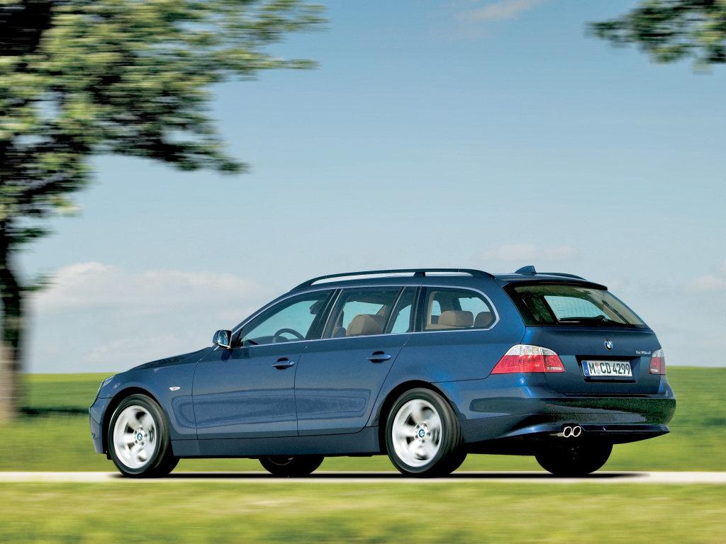 Фотографии автомобилей BMW 530xd Tou…