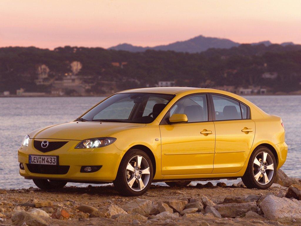 Mazda 3 Sedan.