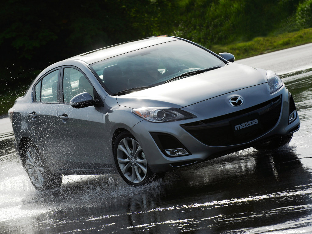 Фотографии Mazda 3 Sedan.