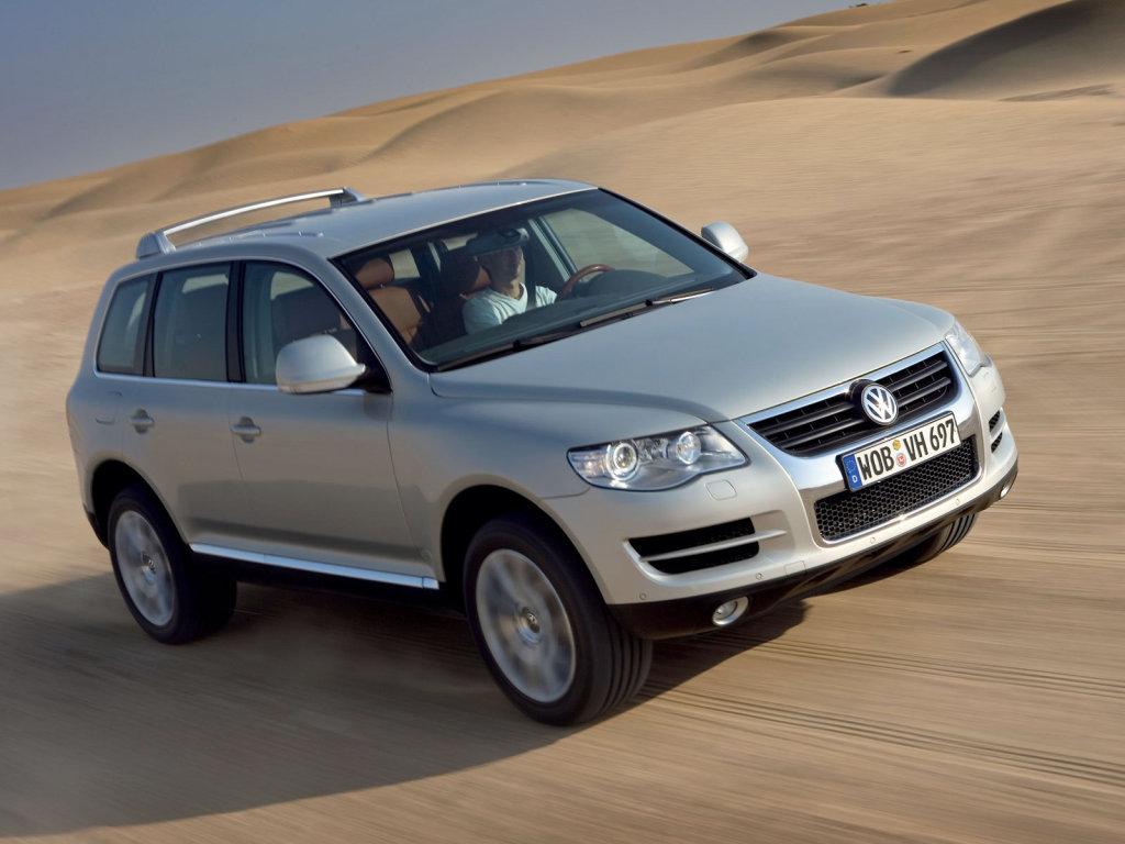 Фотографии автомобилей Volkswagen Toua…