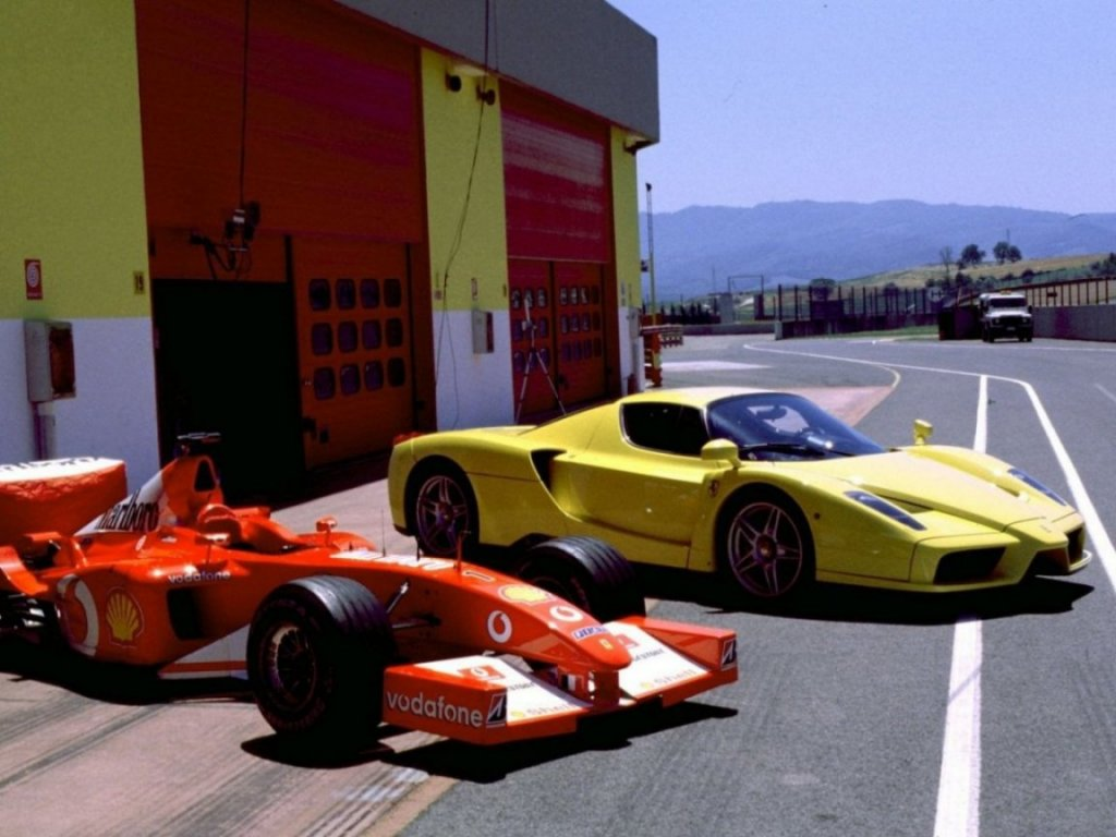 Ferrari Enzo фото.