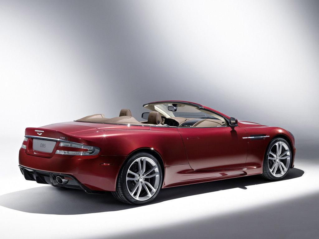 Кабриолет Aston Martin DBS Volan…