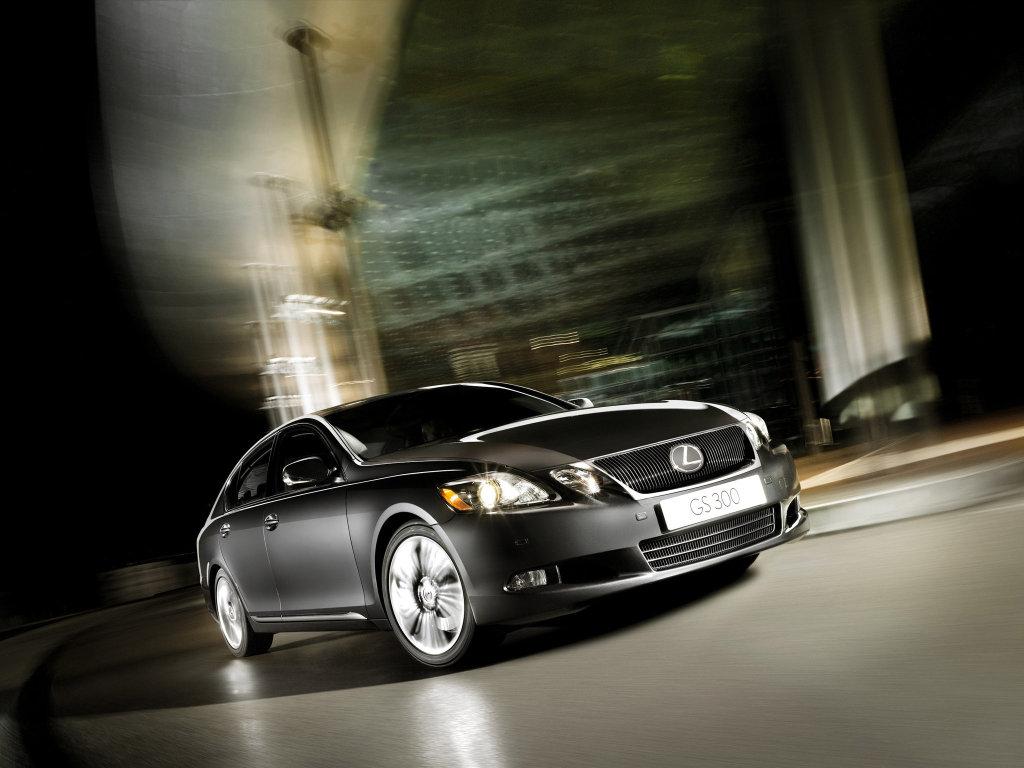 Lexus GS фото.