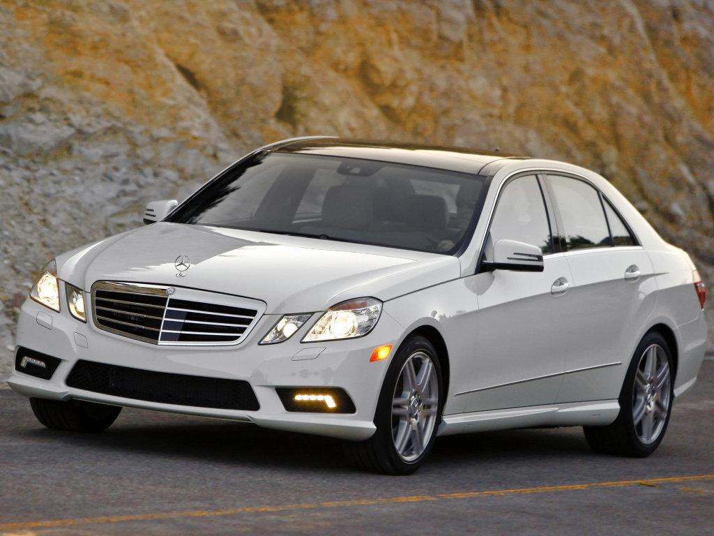 Фотографии автомобилей Mercedes E-Cl…
