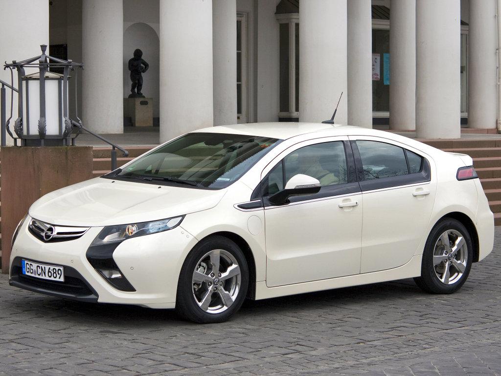 Фото Opel Ampera.