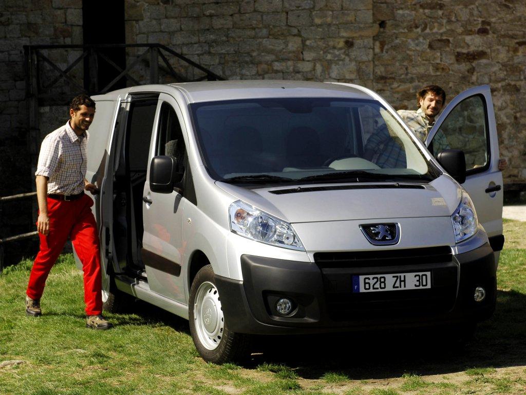 360-обзор Peugeot Expert Fourgon…