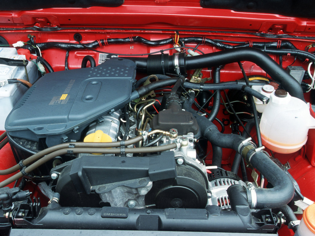 Фотографии автомобилей Suzuki Samu…