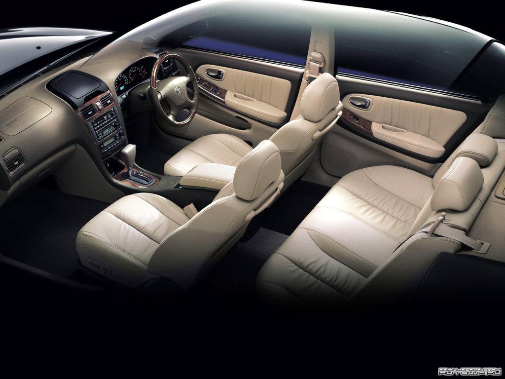 Фотографии автомобилей Nissan Cefi…