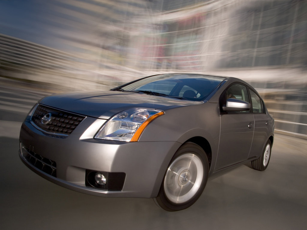 Фото Nissan Sentra.