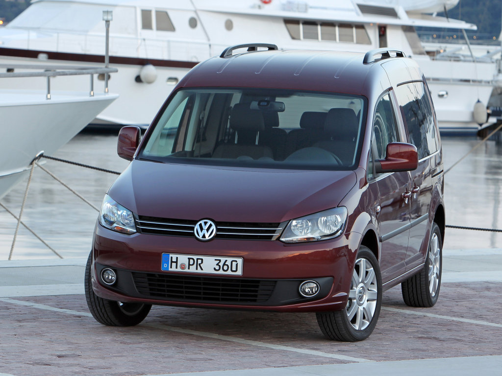 Фото Volkswagen Caddy 2010.