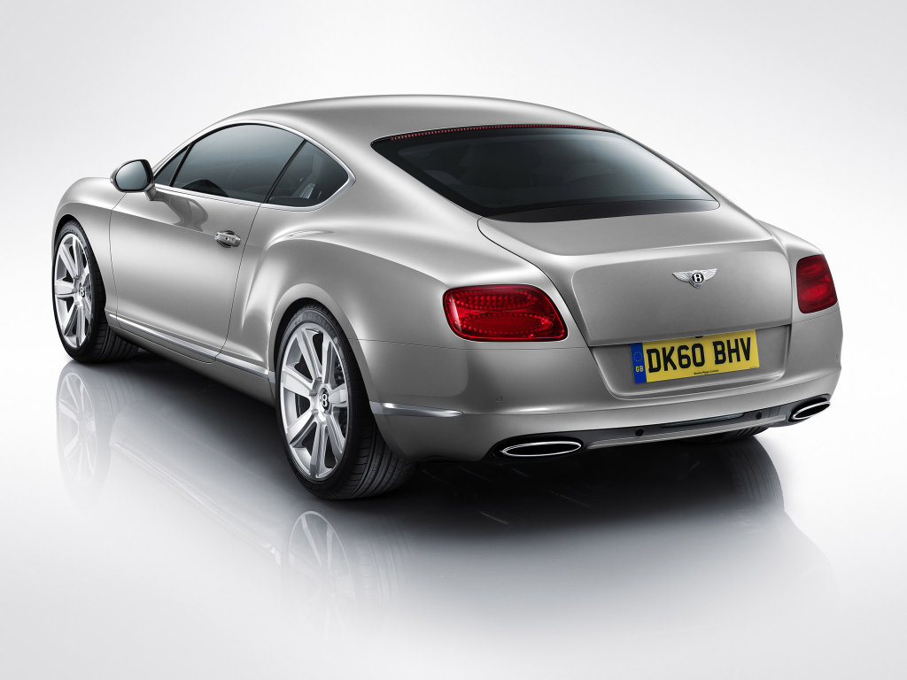 Фото Bentley Continental GT.