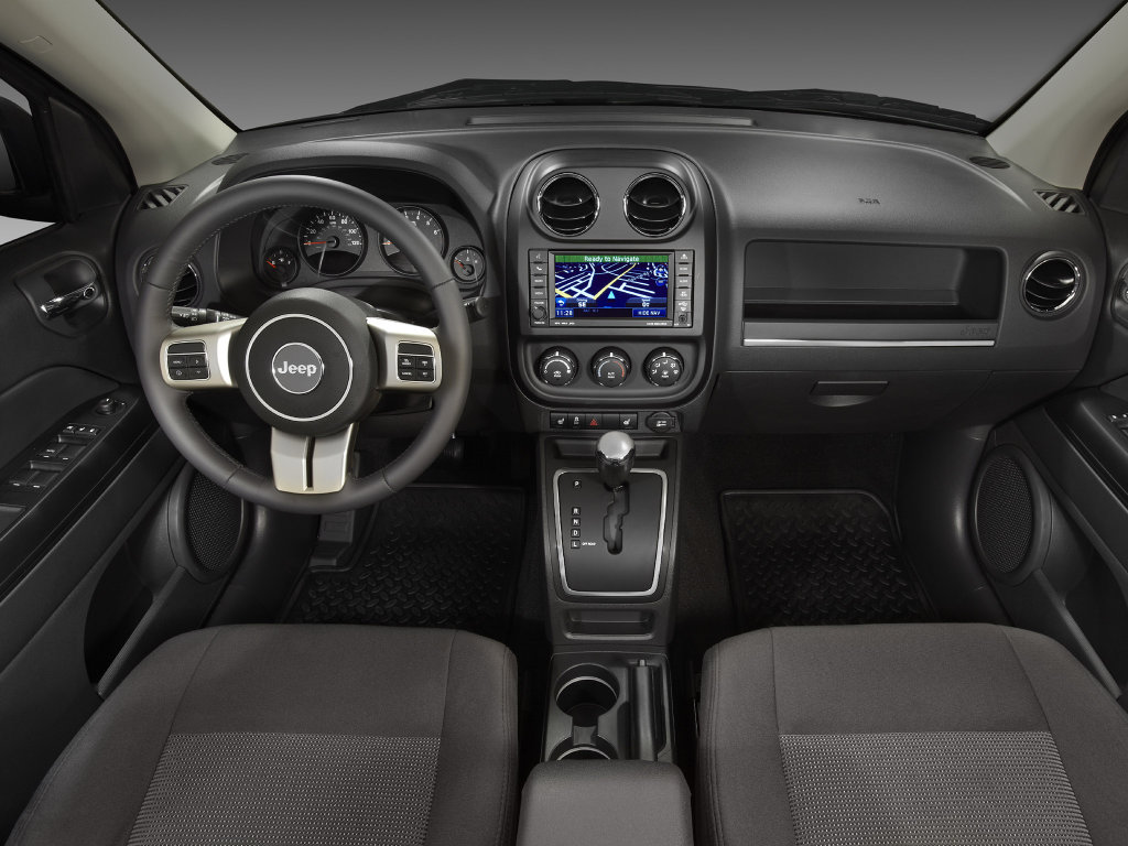 Фото Jeep Compass 23.