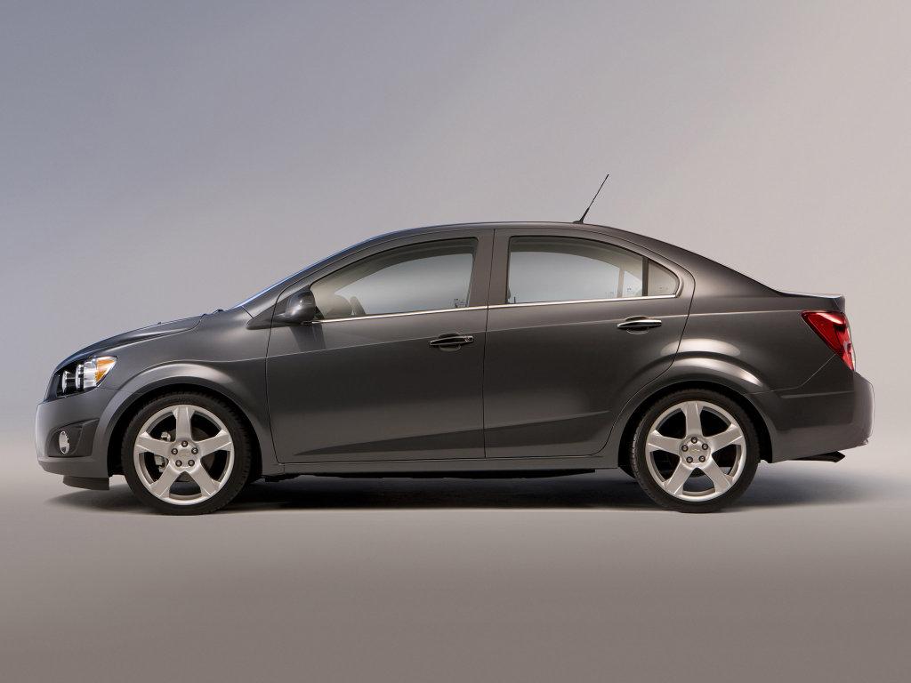Chevrolet Aveo Sedan Фото Ch…