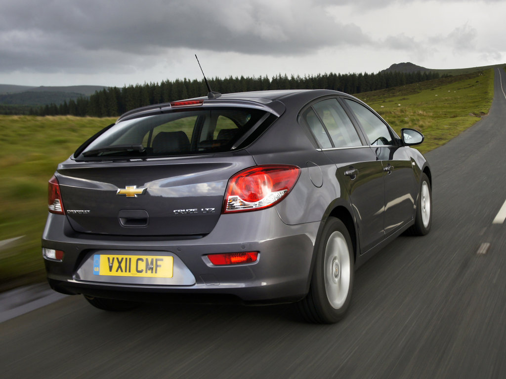 Фото Chevrolet Cruze Hatchback.