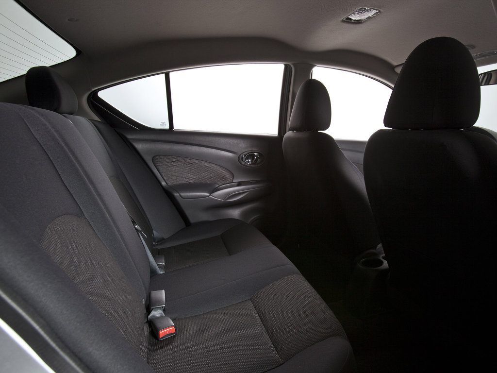 Nissan Versa Sedan 2012 фото…