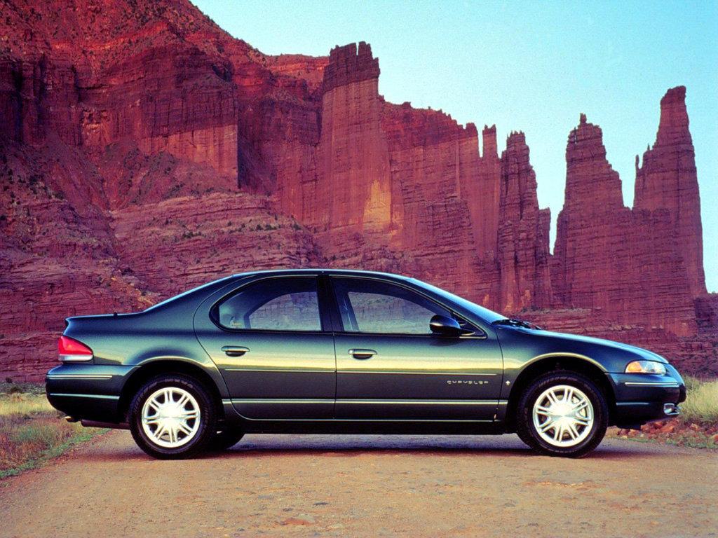 Chrysler Cirrus - американский среднеразмерный переднеприводный легковой автомобиль.  Chrysler PT Cruiser (2...