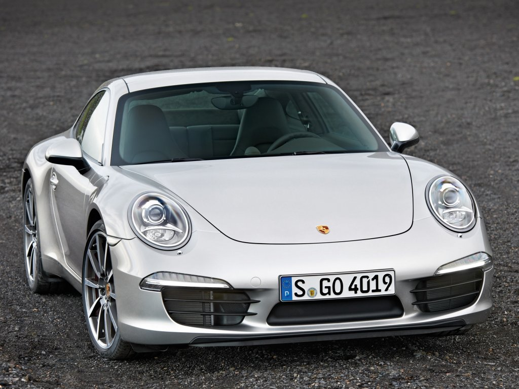 Porsche 911 Carrera S фото.