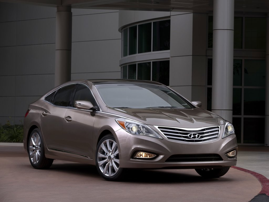 2012 Hyundai Azera Review.