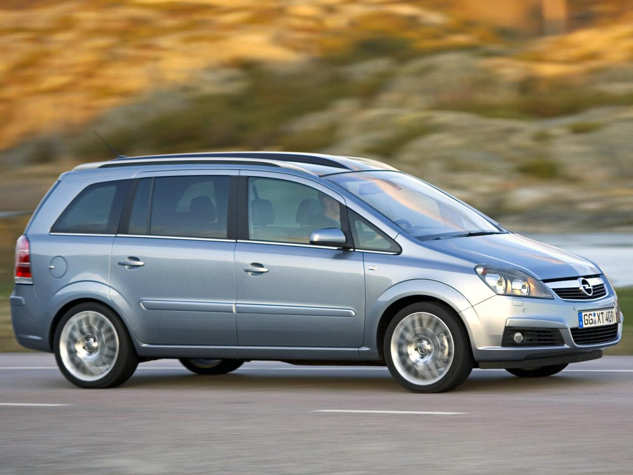 Opel zafira aминивэн 5-дв