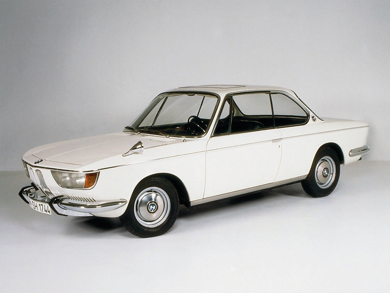 ??????????? BMW 2000 CS