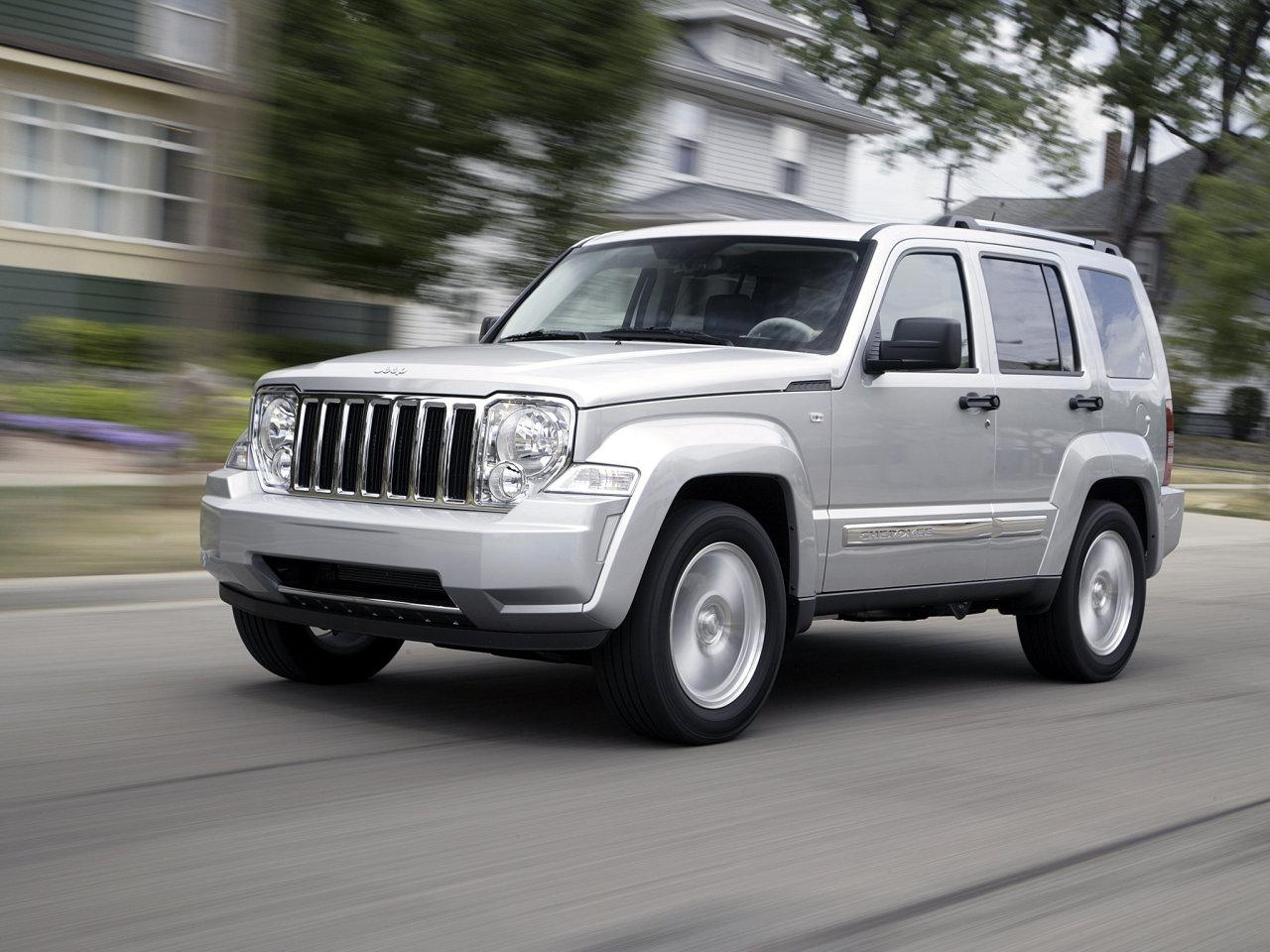 Фотографии Jeep Cherokee (2008...).  Ф…