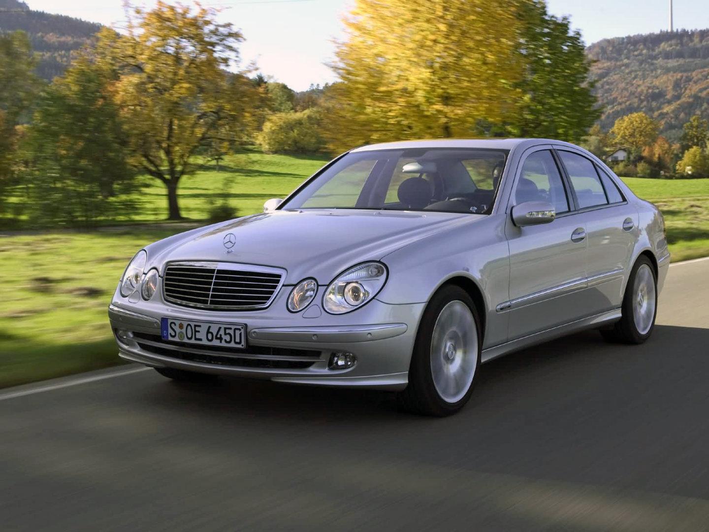 Mercedes е230 (мерседес) чёрного цвета