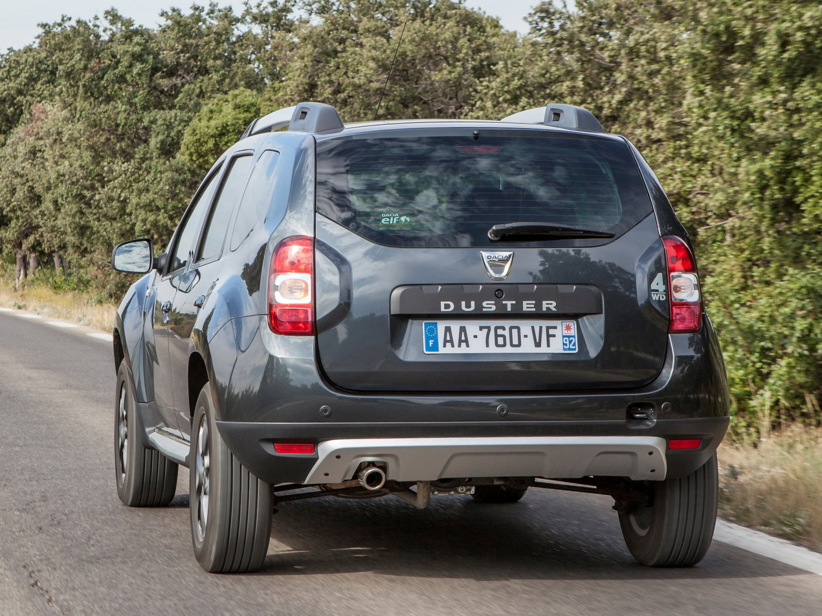 Фото экстерьера renault duster new