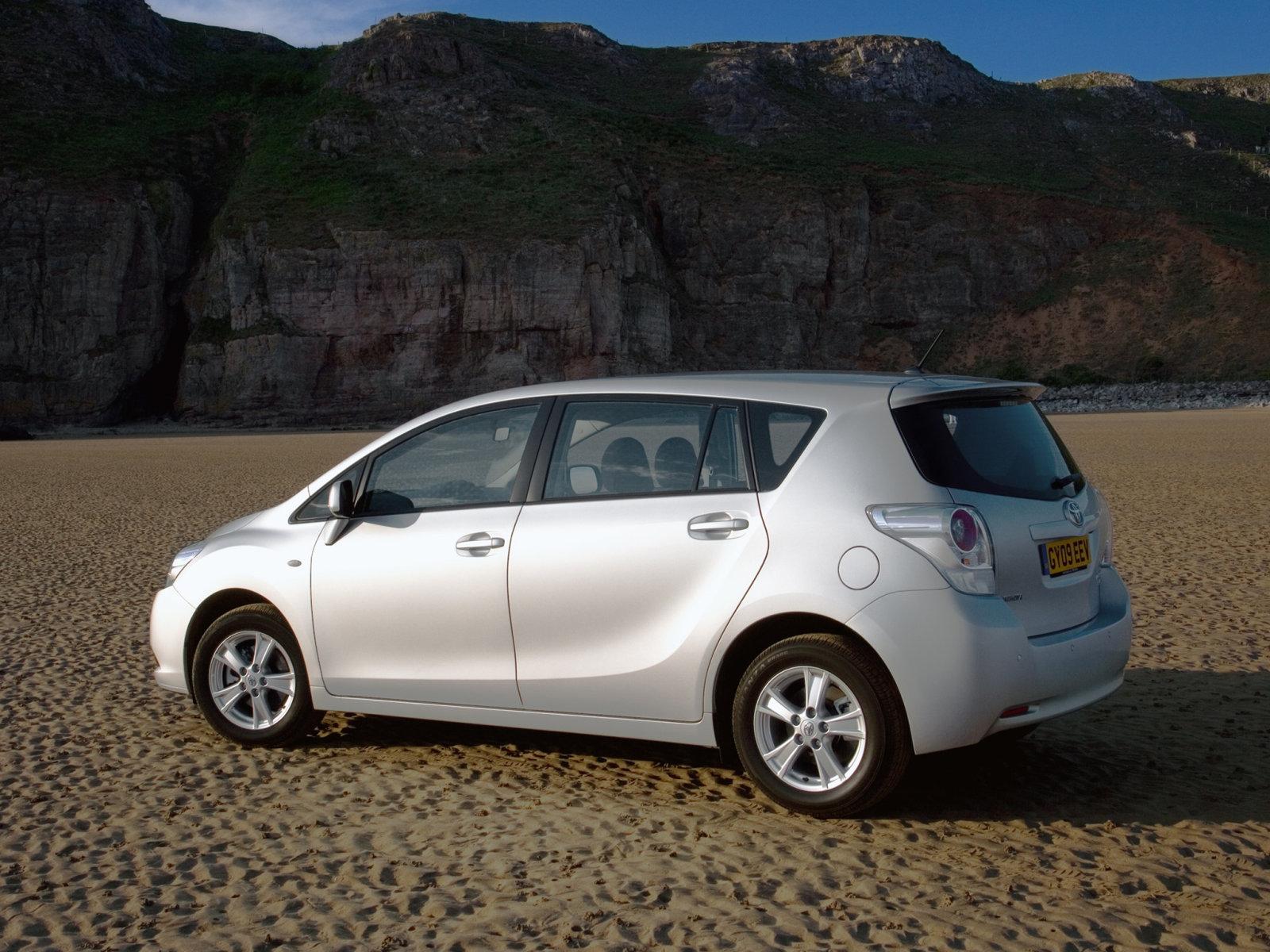 Toyota Verso – проверка на дороге. (Обзор)
