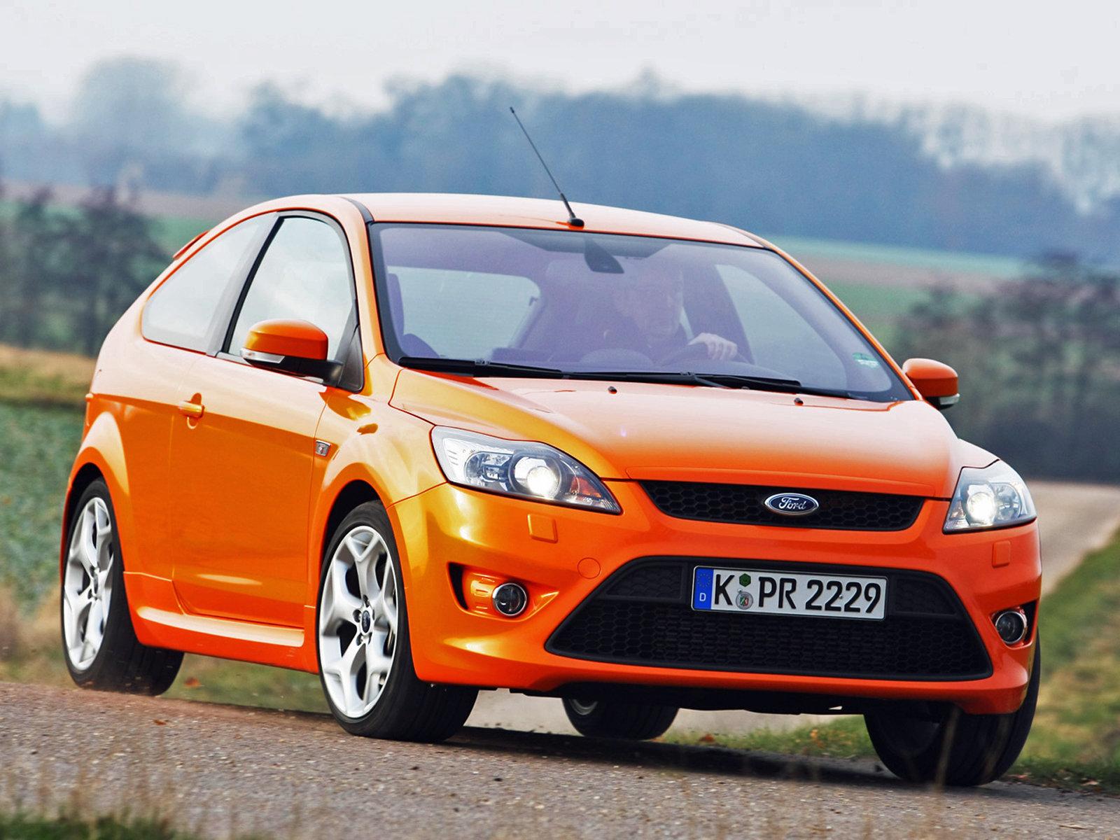 Цены и комплектации Ford Focus хэтчбек