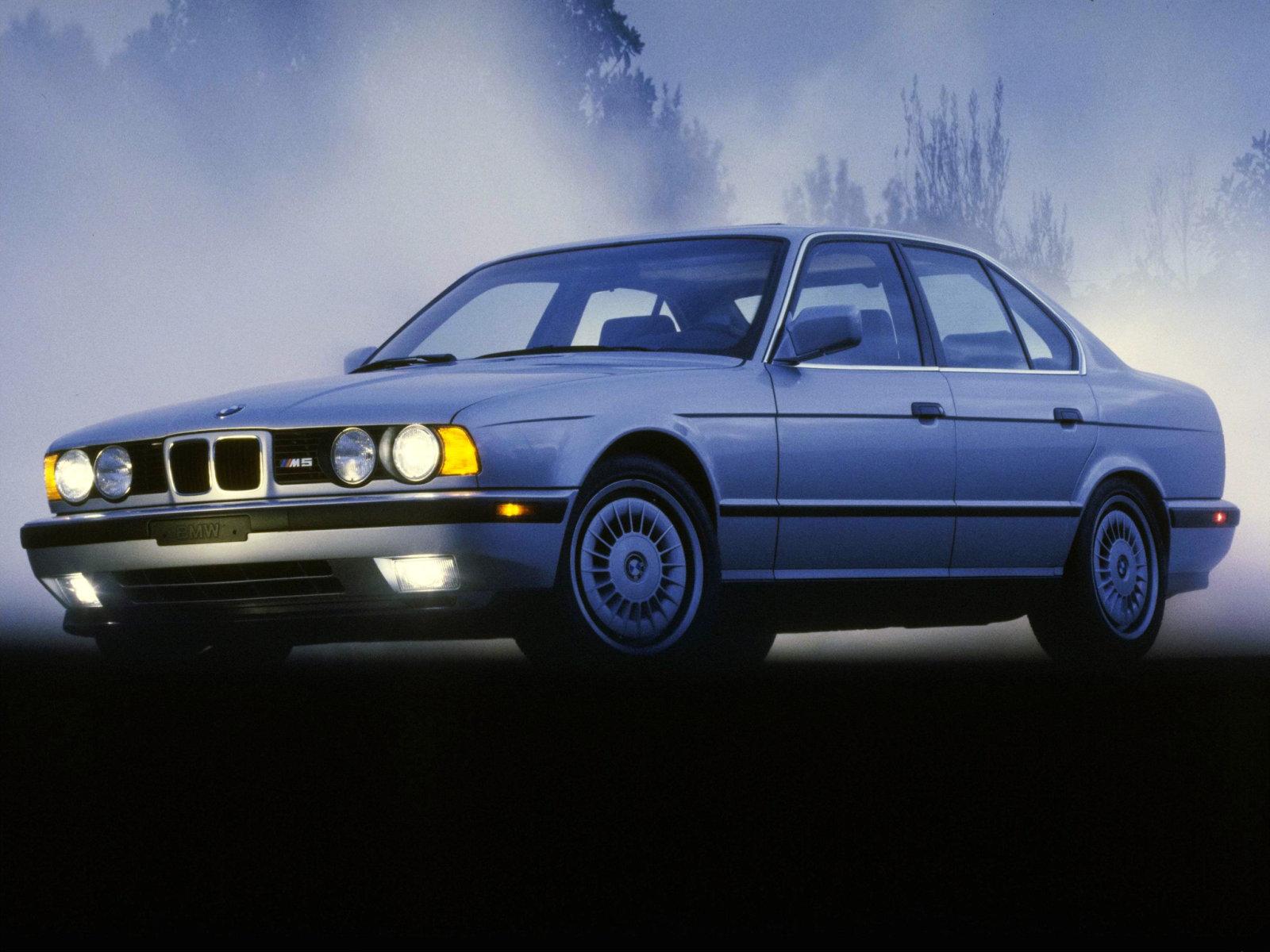 Фотографии BMW 5 серии E34.