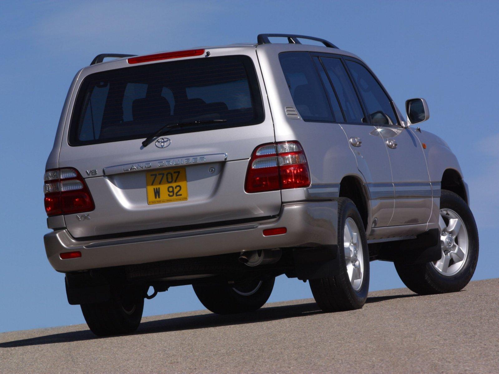 Toyota Land Cruiser 100 4. 7 V8. Посмотреть полный размер фото.