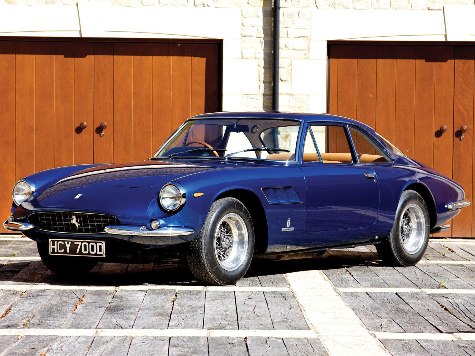 1964 Ferrari 500 Superfast - asaucerfulofwheels