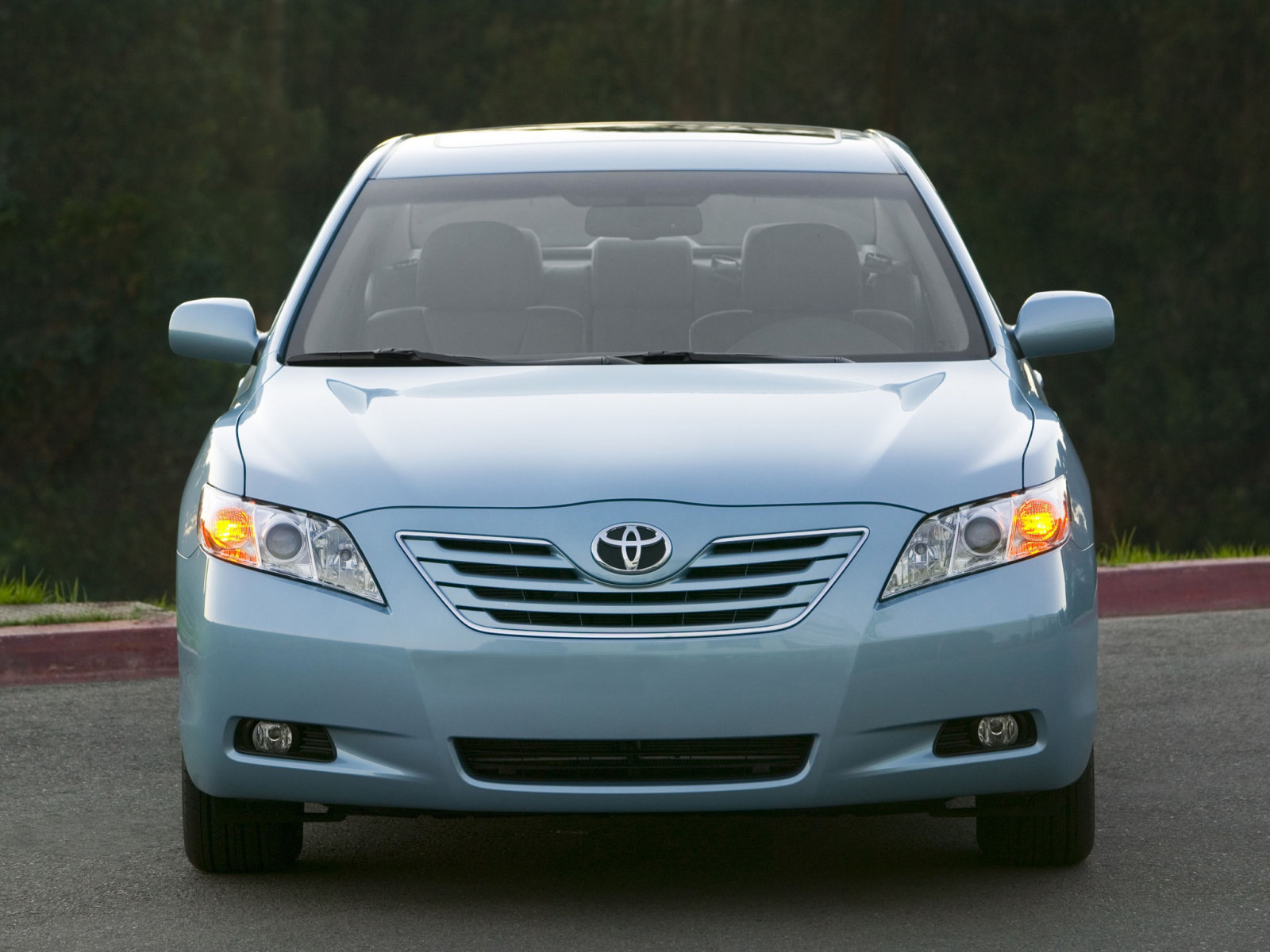 Автокаталог. Фото Toyota Camry VI 2.4 i 16V VVT-i на Cheap-Auto.ru.