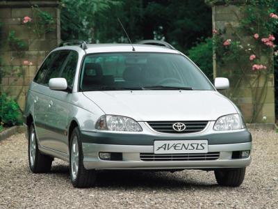 Toyota Avensis Wagon (2000-2002)