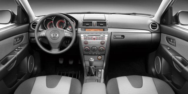 Заряженный хэтчбек Mazda 3 MPS - Фото.