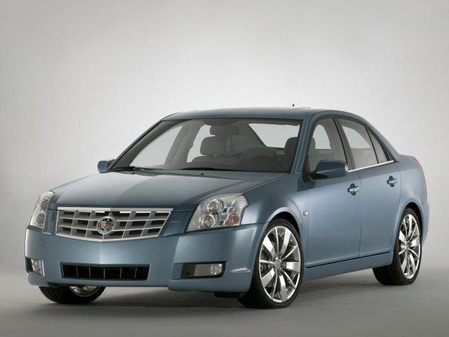 Модель BLS является среднеразмерным седаном с четырьмя дверьми, хотя, справедливости ради, следует отметить, что имеется и вариант кузова универсал, который, правда, не получил в настоящее время широкого распространения.